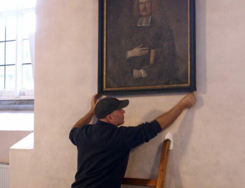 Alte Gemälde in der Kirche