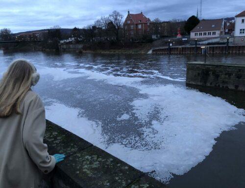 Warum die Weser schäumt